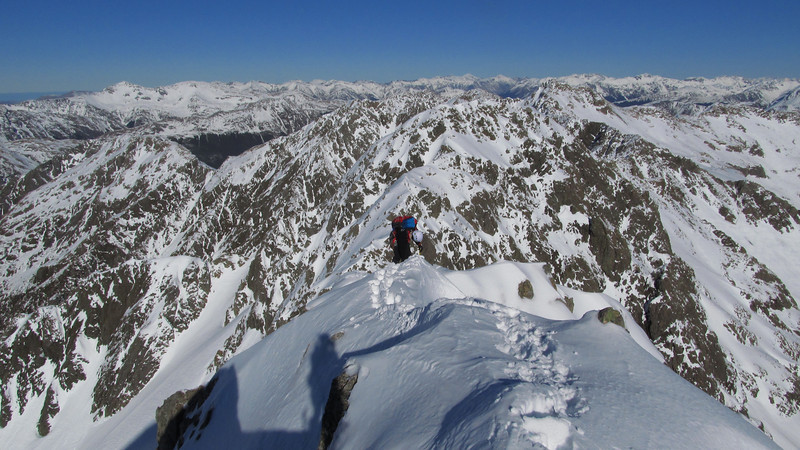 Descending off the summit of Phipps Peak towards the Phipps-Temple Col.