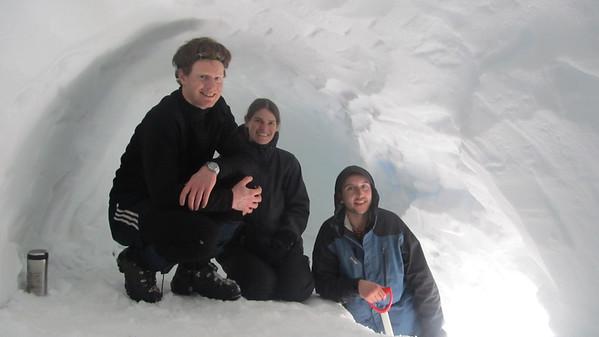 Snow Caving Old Man Range, 20-21 August 2011
