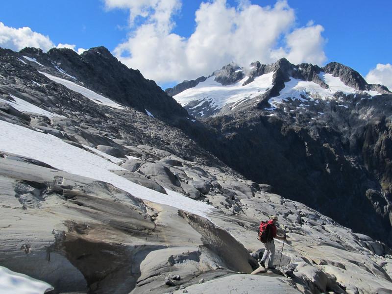 Gaining the ridge to Barrier Peak (top left corner). Mt Crosscut on the right.