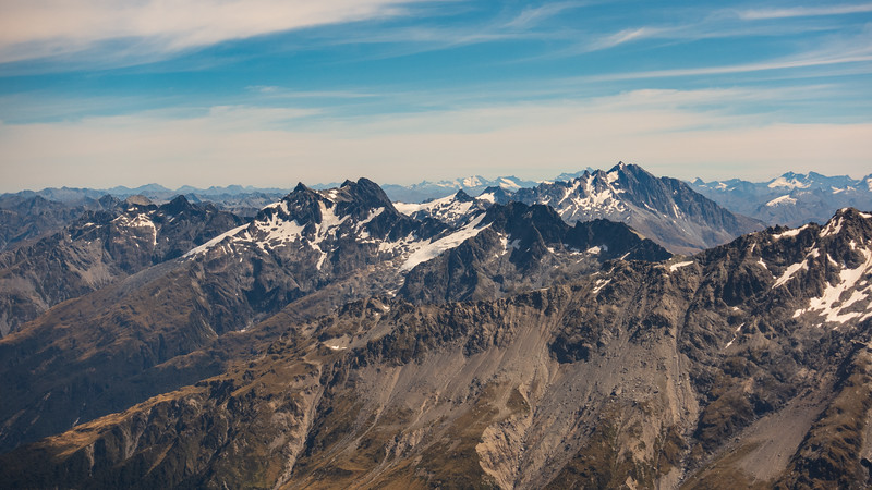 Enderby and Brewster in the foreground, Aspiring on the horizon in the centre, Pollux, Castor and Munro Peak on the far right.