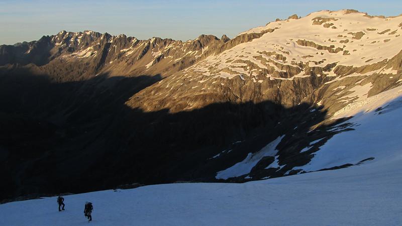 Gaining height towards the East Ridge, Mt Heim behind.