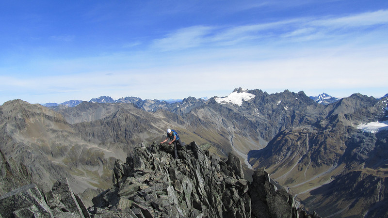 Mt Huxley from the summit of Rabbiters Peak (centre right), Mt Brewster on the far right, South Huxley below.