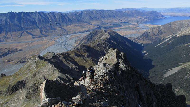 Climbing the ridge to Rabbiters Peak.