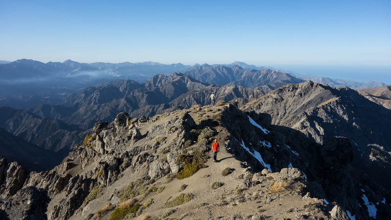 Descending off Mackintosh Peak.