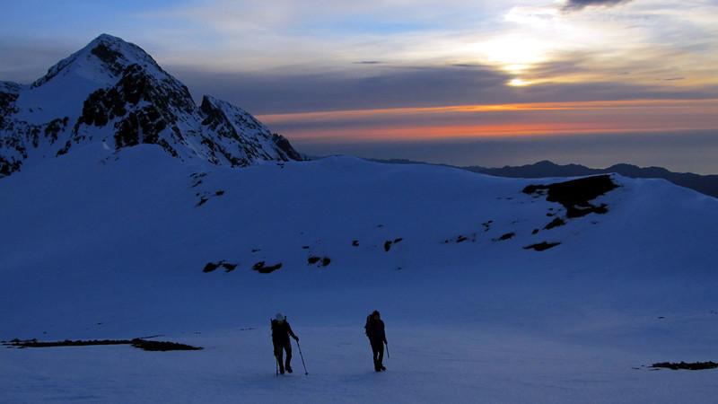 On a broad section of the Tapuae-o-Uenuku-Alarm ridge.