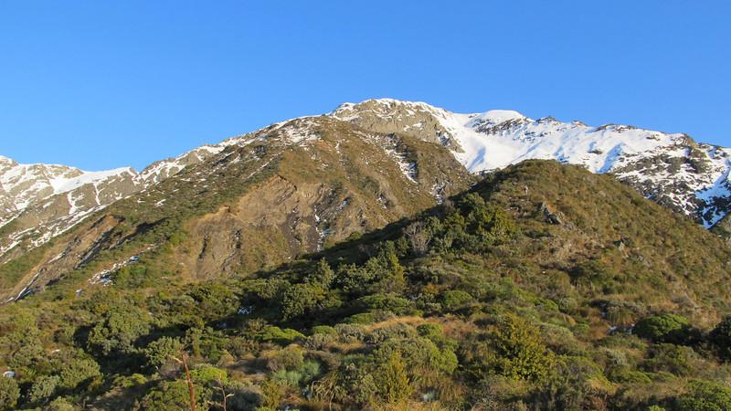 High on the ridge looking towards the subsidary peak of Snowflake.