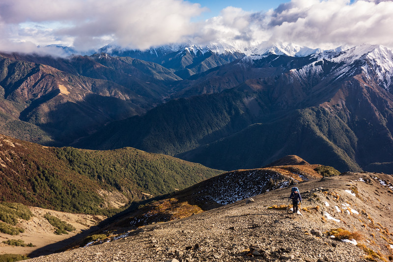 Nearing the top of Pt 1395m (photo - James Thornton).