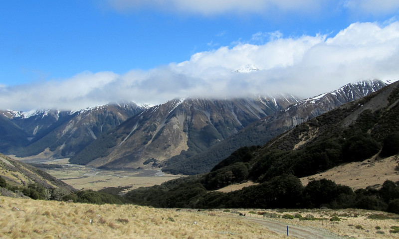 Waiau Valley, Glacier gully is the side valley to the left of the centre.