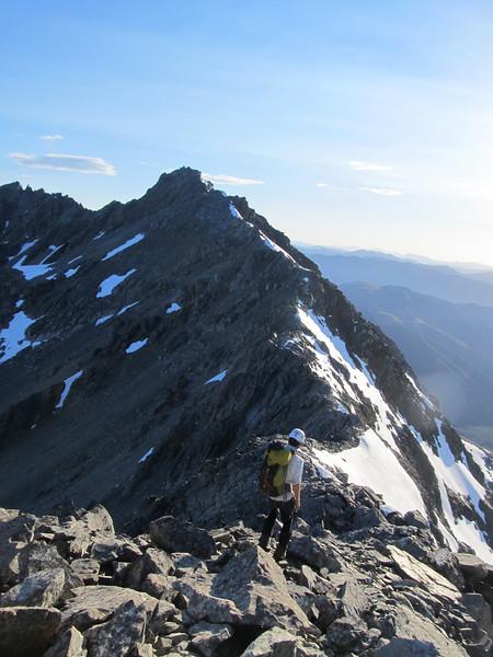 The main divide ridge towards Faerie Queene.
