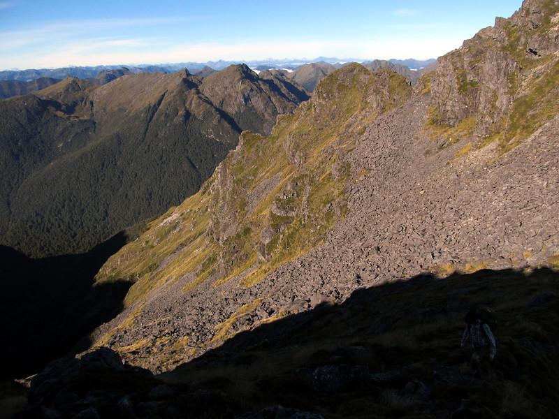 On the ridge to Mt Kemp.