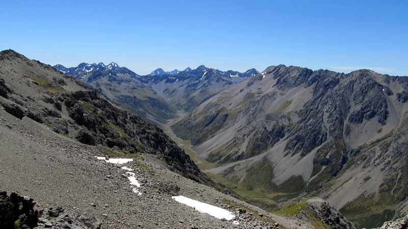 View into the head of the Clarence. From left to right: Mt Cuploa, Travers, Mt McKay, Mt Paske.