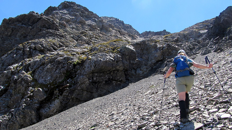Marta approaching the band of bluffs intersecting the scree chute.