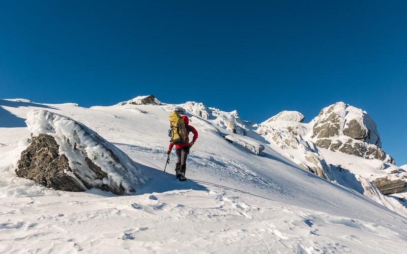 Nearing the wind-blasted summit of Ragged Peak.
