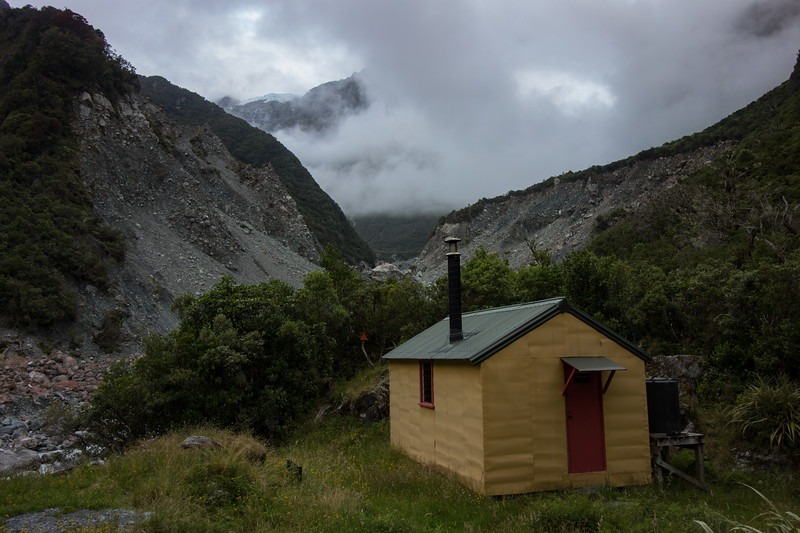 Arrival at Smyth Hut at last - after 13 h (incl lunch).
