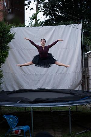 tabata vara on trampoline