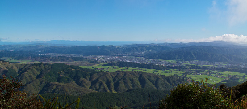 Overlooking the city of Upper Hutt and Environs from Mt Climie