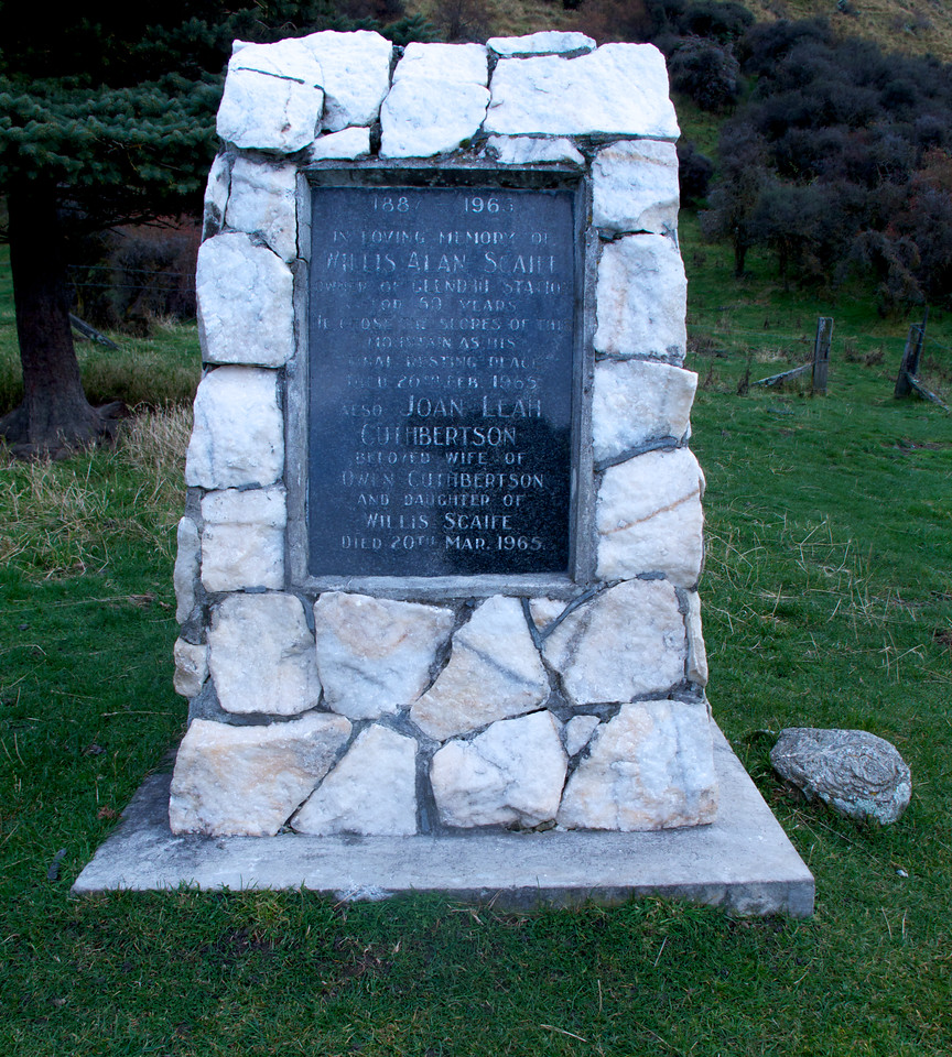 IMG_2497 Grave Roys Peak Track