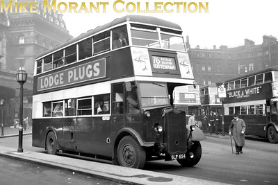 London Transport 2G2 Guy Arab Mark 1 bus no. G4, registration no. GLF 654, at Victoria station's bus stand operating on route 76 to Tottenham. G4 was delivered to LT in October 1942 and was withdrawn in June 1951. [Mike Morant collection]