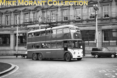 Huddersfield Corporation trolleybus Fleet no.: 578 Registration: ECX 178 Chassis: Sunbeam Body: Park Royal Entered service: 2/49 Withdrawn: 7/65 Location: Britannia Buildings, St. George's Square. [Mike Morant collection]