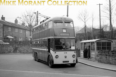 Huddersfield Corporation trolleybus Fleet no.: 578 Registration: ECX 178 Chassis: Sunbeam Body: Park Royal Entered service: 2/49 Withdrawn: 7/65 Location: Almondbury Terminus. [Mike Morant collection]