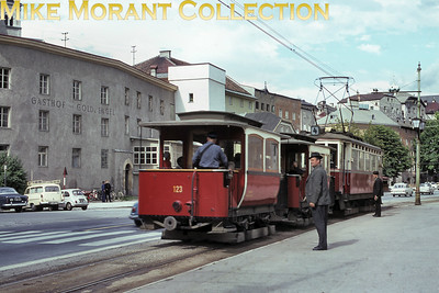 ÖSTERREICH - AUSTRIA vintage Innsbruck tram trailer no. 123. Mike Morant collection