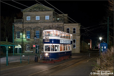 Leeds 345 arrives at the Town End Terminus at the Crich Tramway Village on 17/11/2007.