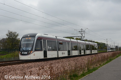 Edinburgh Trams 275, Balgreen, Edinburgh, 7th May 2016
