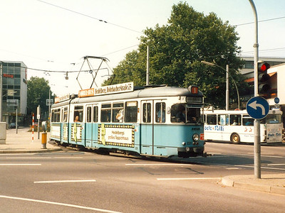HSB 231, built in 1973 and wearing fleet livery. I am not certain of the location of this photo, but I think the car is turning from Kurfursten-Anlage into Rohrbackerstrasse.