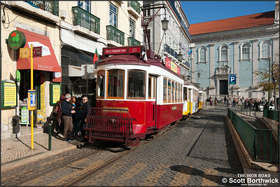 7 pauses at the Praça Luís de Camões whilst working a Hills Tramcar Tour on 22/11/2016.