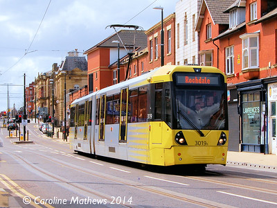 Metrolink 3019, Union Street, Oldham, 26th April 2014