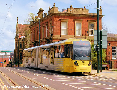 Metrolink 3053, Union Street, Oldham, 26th April 2014