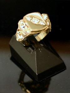 View One of the finished ring with Lions attached and Diamonds set diagonally.