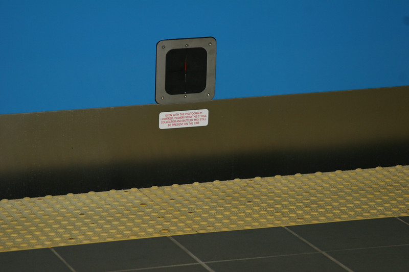 Emergency button to lower the pantograph.