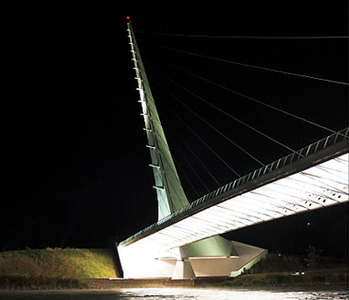 SUNDIAL BRIDGE, TURTLE BAY, REDDING, CALIFORNIA