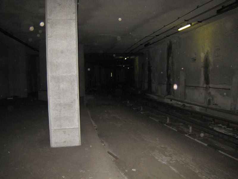 The lead into the underground yard at Alewife.