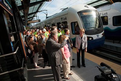 Sound Transit inaugural service, Mt Baker Station