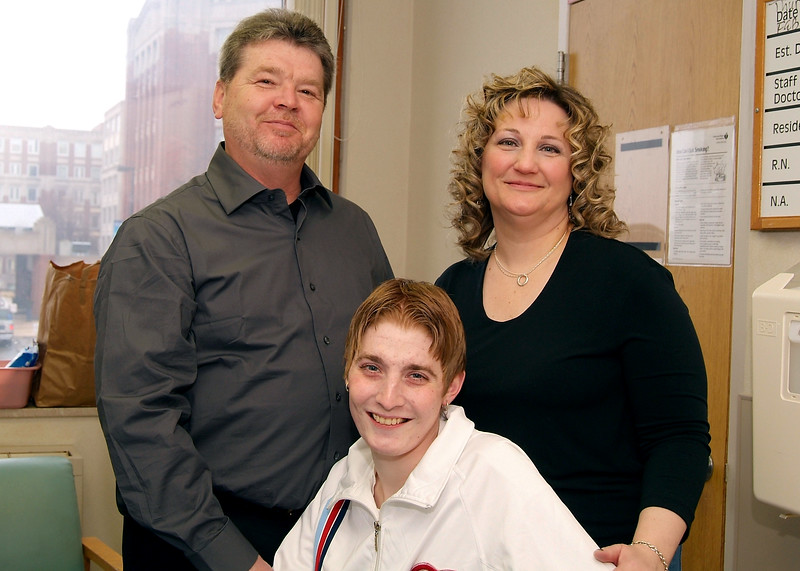 Henry Ford doctors perform a lifesaving double-lung transplant on a 22-year-old with cystic fibrosis – the youngest patient to undergo a lung transplant. – 2006 (not sure if we were 1st  in MI), patient with parents