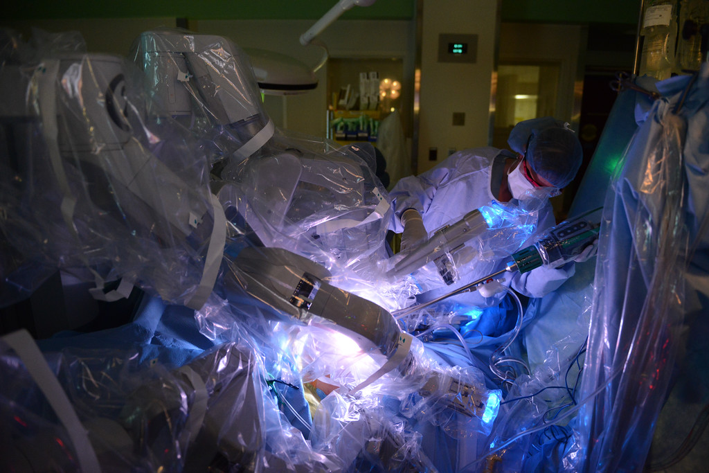"HFH will be performing the 2nd operation in Michigan (the first is today) Wednesday in OR 25 in which we will transplant a kidney into a recipient by using robotic technology. This technique, used on recipients who are very ill and can't withstand an ""open"" surgery procedure has been successfully done in India by us and others."