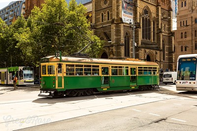 Circle Tram Melbourne CPD and two modern suburban trama