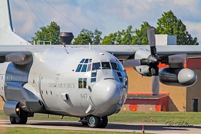 TP84 (80047) 7 C130 Hercules
