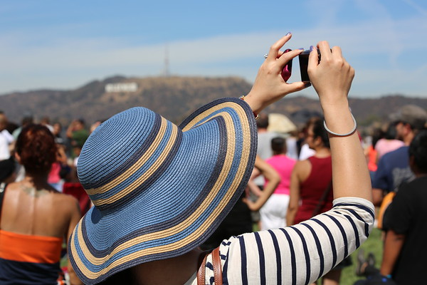 There were massive people at the Griffith Park Observatory to see the Endeavour do a fly-by 9/21/12.