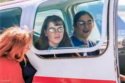 1998 Deb, Amanda and Kristen Flying with Rick