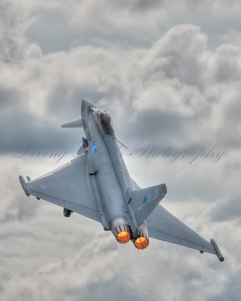 Typhoon at take-off during the 2012 Farnborough airshow