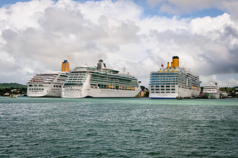 P&O Cruises Aurora, Rpyal Caribbean Brilliance of the Seas, Carnival Cruises Costa Liminosa, Seabourn Cruises Seabourn Spirit, St. John's Harbour, Antigua