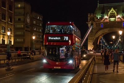 Alexander Dennis Enviro 400, Tower Bridge