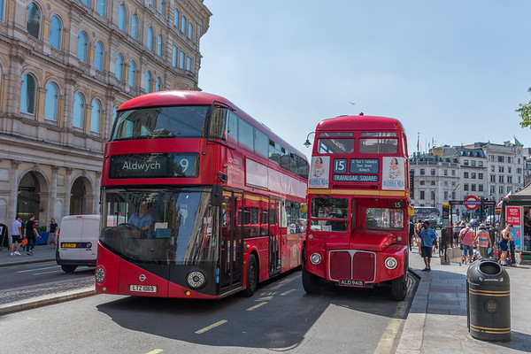 LTZ1069 Wright New Routemaster for London & Heritage Routemaster ALD941B