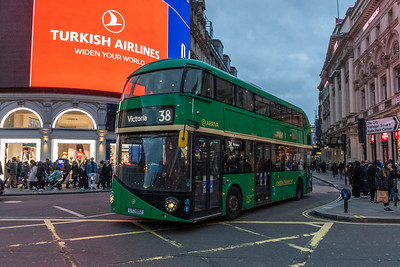 LTZ1002 Piccadilly Circus