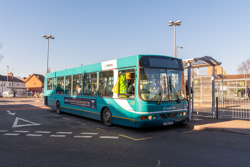 Arriva Midlands Wright Commander FJ06ZTH 3722, Cannock Bus Station
