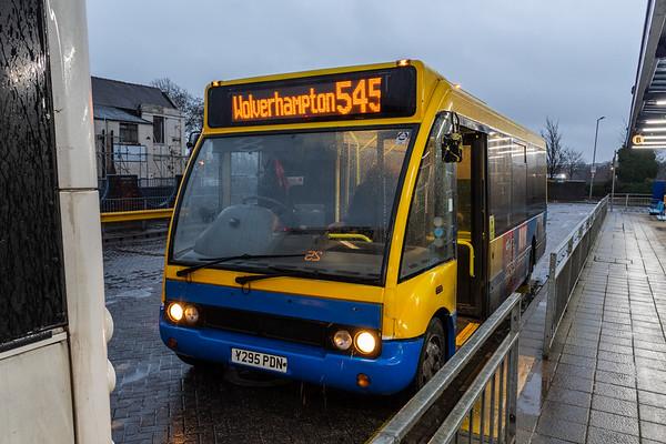Banga Bus Optare Solo Y295 PDN, Bilston Bus Station