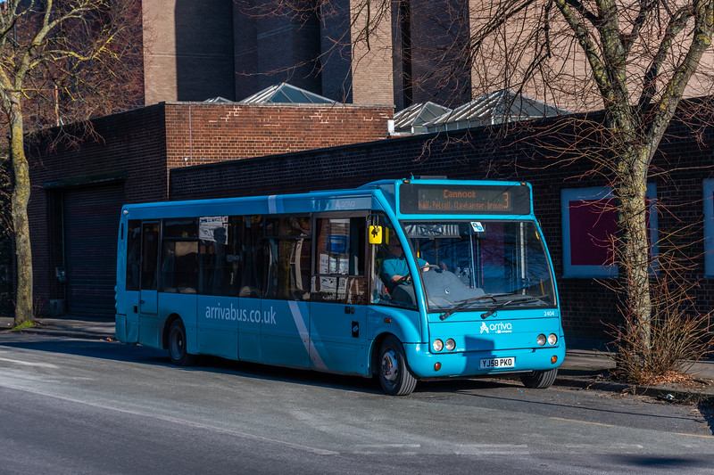 Arriva Midlands Optare Solo YJ58PKO 2404, Walsall